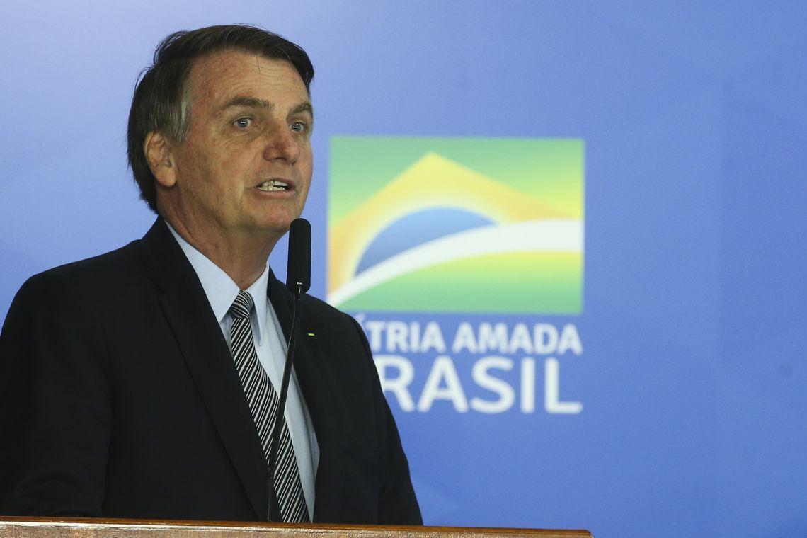 """""""Quem quiser seguro pode procurar uma seguradora"""", diz Bolsonaro sobre DPVAT"""