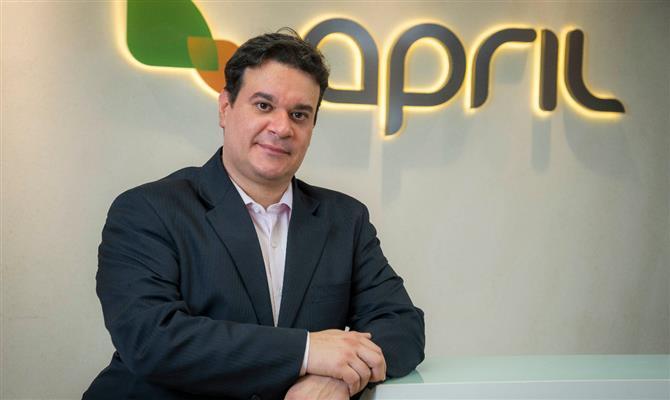 Diretoria brasileira adquire operação de seguro viagem da APRIL
