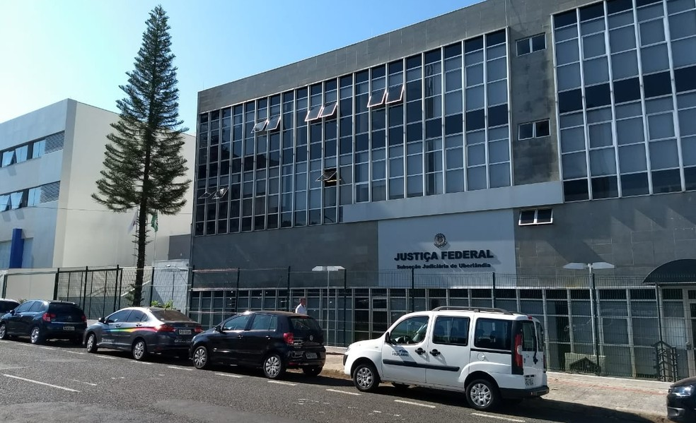 Justiça de Uberlândia determina suspensão de contratos de proteção veicular