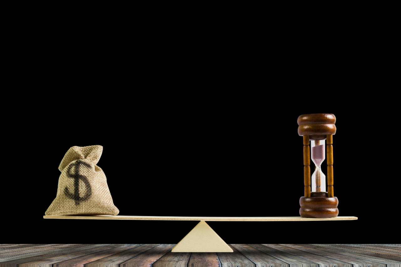 Qual o momento certo de investir na sua corretora?