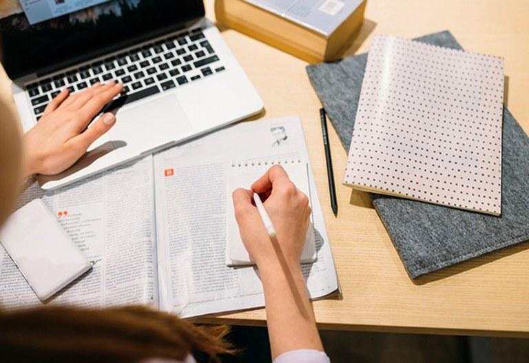 Conhecer Seguros lança plataforma inovadora de cursos online para o mercado segurador