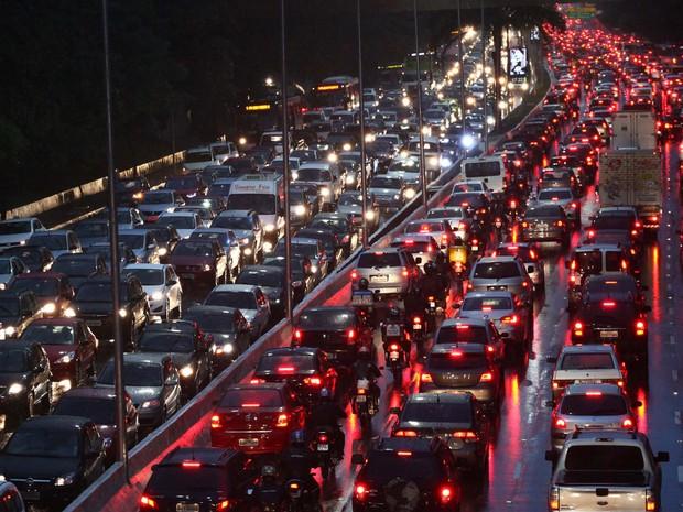Quadrilha é suspeita de aplicar mais de 40 golpes no seguro auto