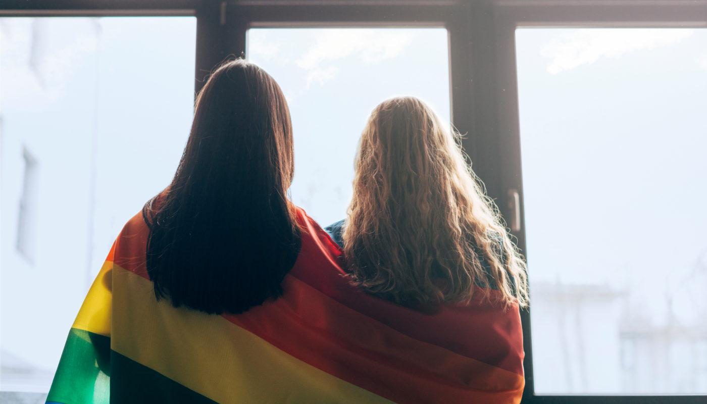 Amparada por lei, inclusão de cônjuges homoafetivos em Seguros de Vida exige das seguradoras ainda mais cautela